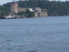 Linna Olavin,kertoo tarinaa