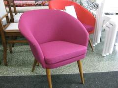 60-luvun pieni nojatuoli