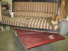 Vanha hakas-sohva