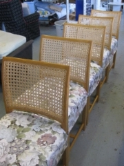 Nupposen valmistamat tuolit