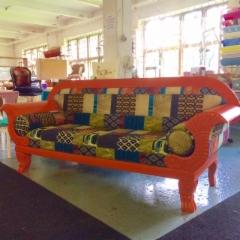 Oranssi sohva