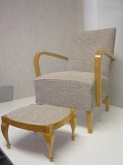 k-tuoli_ja_rahi_connors_kankaalla