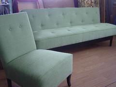 vihrea_sohva_ja_k-tuoli