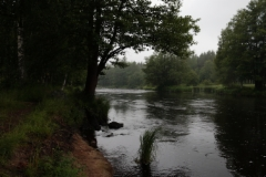 Jokimaisema Niittyniemen mökeiltä