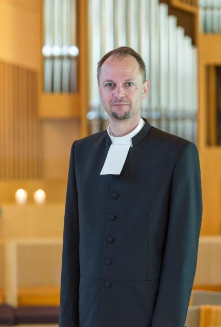 kirkkoherra_niittynen_2