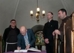 Fransiskaaniveljet ja Latvian suurlähettiläs