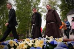 Fransiskaanimunkit Benedictus ja Algis