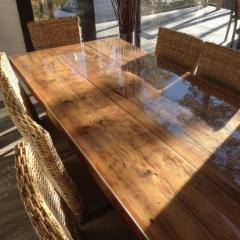 Pöydän lasikansi