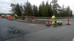 Liikenteenjakajan rakentaminen