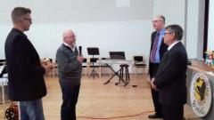 Vähäjoen metsästysseuran pj Jukka Puhakka ja seura-aktiivi Juha Juntunen