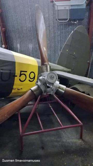 my-14_potkuri_01_hallinportti_ilmailumuseossa_2019-09-04