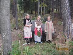 aikamatka_vartsikassa_8.10.2005_015