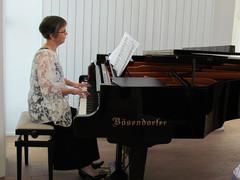 kirkkokonsertissa (8)
