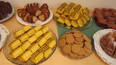 suomalaisia leivonnaisia