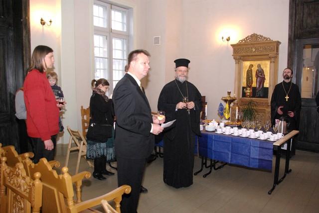 Suomenkielinen liturgia 6.12