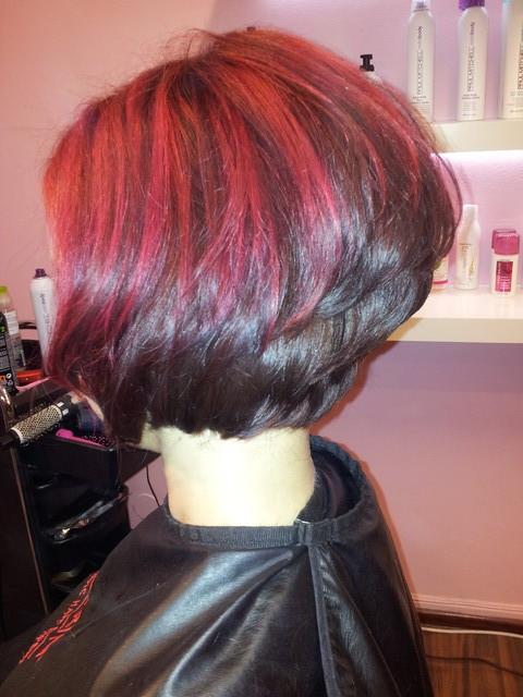lyhyt ystävä punaiset hiukset