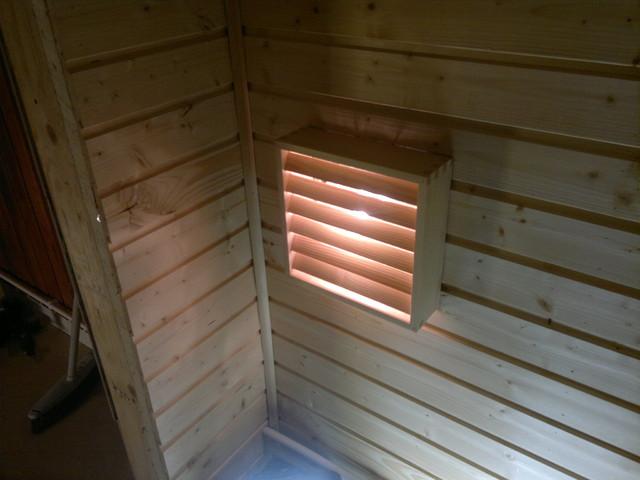 Saunan panelointi ja uusi valaisin