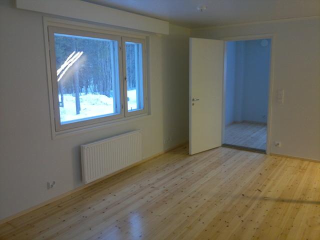 Huoneiden lisälämmöeristys ja pintojen teko