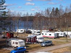 Honkatie ja takana Vihtijärvi + vieraspaikat