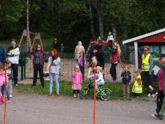 Köydenvedon yleisöä